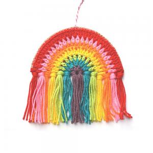 Crochet rainbow with 7 colours